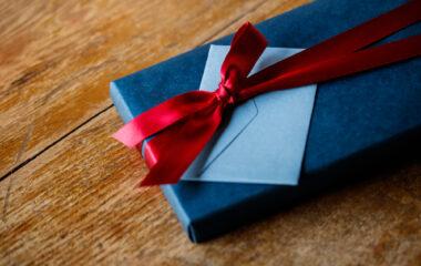 お祝いの品に印鑑を!プレゼントにピッタリな理由とおすすめ5選